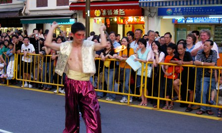 Circus Singapore | JimmyJuggler roving performance at an event